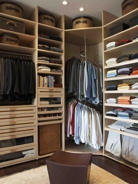 The Best Small Wardrobe Ideas For Your Apartment15