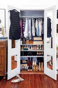 The Best Small Wardrobe Ideas For Your Apartment18