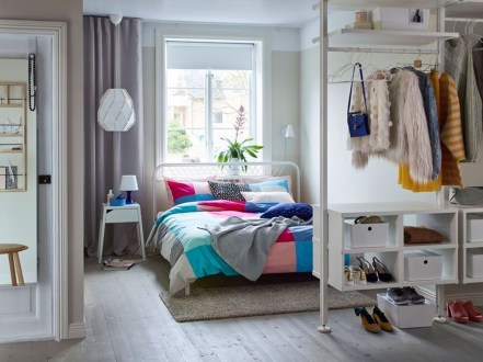 The Best Small Wardrobe Ideas For Your Apartment34