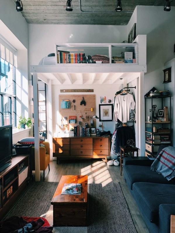 Comfy Studio Living Room Apartment19