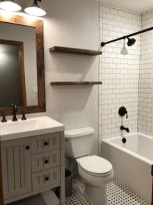 Gorgeous Cottage Bathroom Design Ideas27