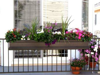 Gorgeous Flower On Balcony Ideas32