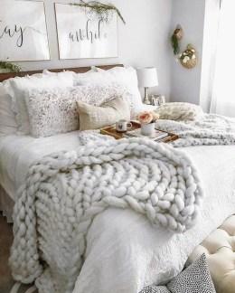 Modern Bedroom Decor Ideas26