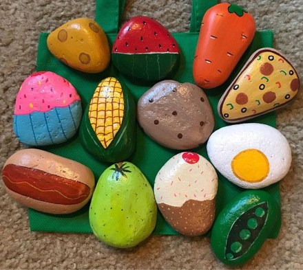 Simple Painted Rock Ideas For Garden28
