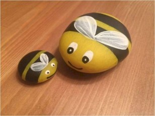 Simple Painted Rock Ideas For Garden32