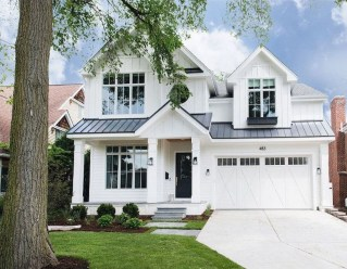 Top Modern Farmhouse Exterior Design Ideas28