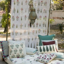 Amazing Interior Decoration Ideas With Enchanting Hearts Of Textiles25