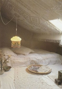 Amazing Interior Decoration Ideas With Enchanting Hearts Of Textiles32