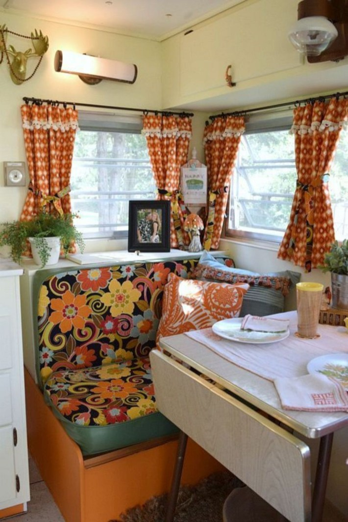 Amazing Rv Decorating Ideas For Your Enjoyable Trip31