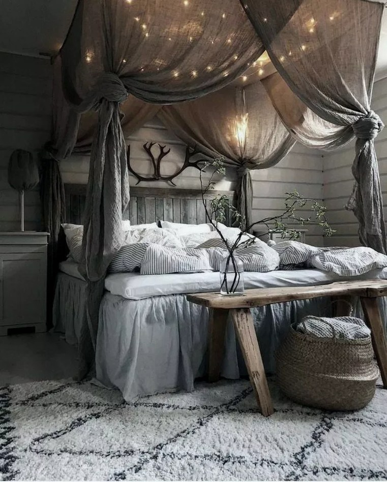 Awesome Diy Rustic And Romantic Master Bedroom Ideas27