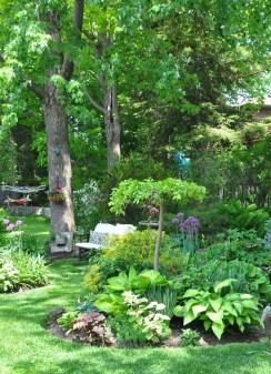 Beautiful Shady Gardens Design Ideas06