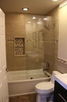 Best Bathroom Decorating Ideas For Comfortable Bath08