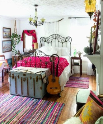 Chic Boho Bedroom Ideas For Comfortable Sleep At Night07
