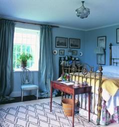 Chic Boho Bedroom Ideas For Comfortable Sleep At Night22