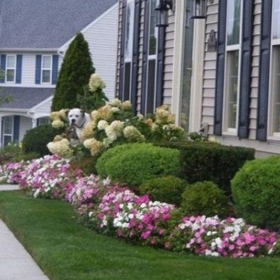Incredible Flower Bed Design Ideas For Your Small Front Landscaping35