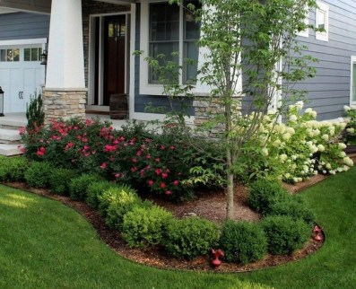 Incredible Flower Bed Design Ideas For Your Small Front Landscaping36