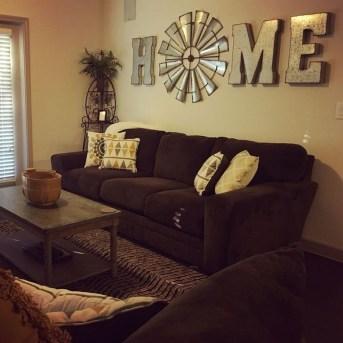 Unique Wall Decor Design Ideas For Living Room19