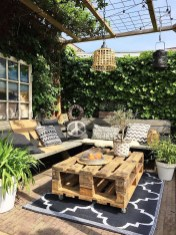 Comfortable Backyard Decoration Ideas For Your Summer01