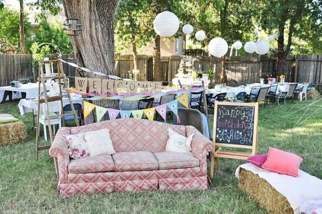 Comfortable Backyard Decoration Ideas For Your Summer21