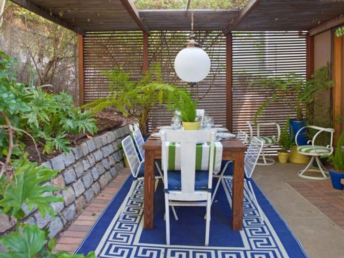 Creative Ideas To Decorate Your Outdoor Room30