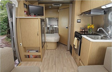 Enchanting Airstream Rv Design And Decoration Ideas For Your Travel Comfort12