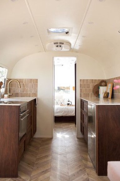 Enchanting Airstream Rv Design And Decoration Ideas For Your Travel Comfort23