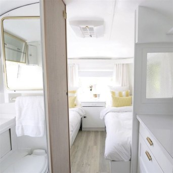 Enchanting Airstream Rv Design And Decoration Ideas For Your Travel Comfort28