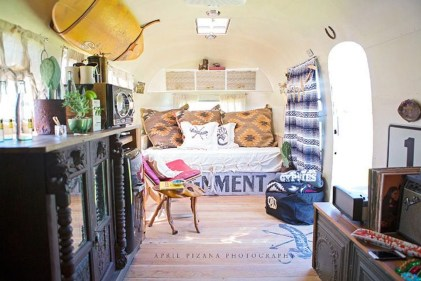 Enchanting Airstream Rv Design And Decoration Ideas For Your Travel Comfort37
