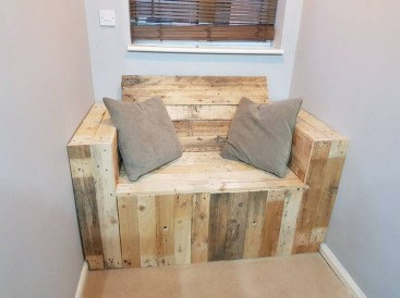 Impressive Wooden Palette Design Ideas You Must Try04
