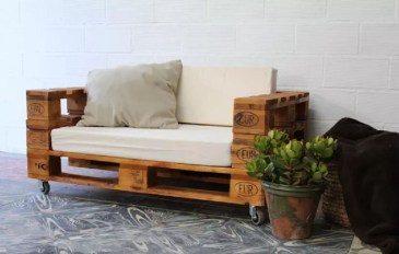 Impressive Wooden Palette Design Ideas You Must Try22