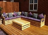 Impressive Wooden Palette Design Ideas You Must Try37