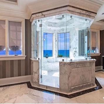 Luxury Bathroom Decoration Ideas For Enjoying Your Bath07