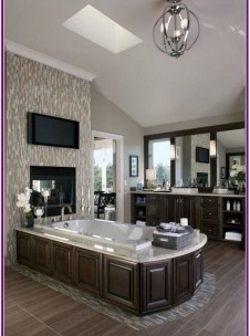 Luxury Bathroom Decoration Ideas For Enjoying Your Bath42