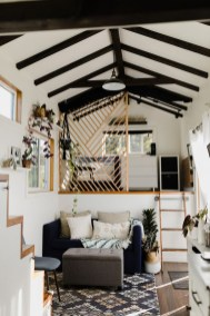 Smart Ideas For Decorating A Tiny House For Your Comfortable Family19
