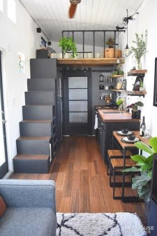 Smart Ideas For Decorating A Tiny House For Your Comfortable Family34