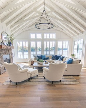 Beautiful Living Room Interior Decorations You Need To Know24