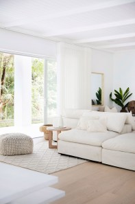 Beautiful Living Room Interior Decorations You Need To Know30