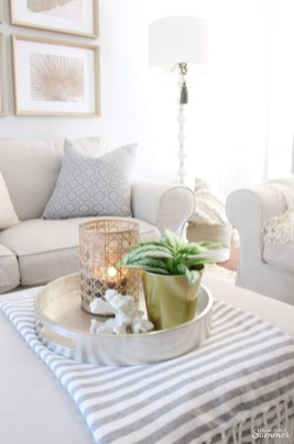 Beautiful Summer Living Room Decor Pieces To Enhance Your Home07