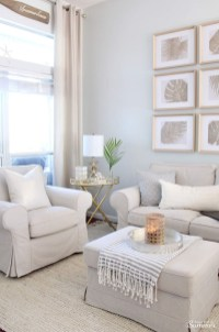 Beautiful Summer Living Room Decor Pieces To Enhance Your Home32