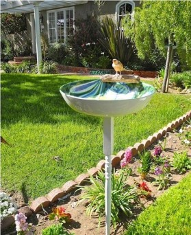 Bird Bath Design Ideas For Your Backyard Inspiration29