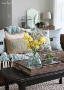 Gorgeous Summer Decor Ideas To Upgrade Your Home Comfortable13