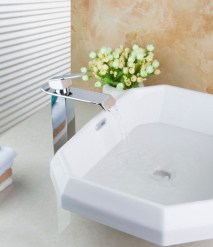 Incredible Water Faucet Design Ideas For Your Bathroom Sink04