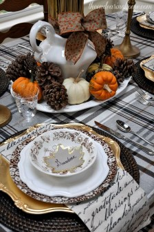 Inspired Decor Ideas For The Best Thanksgiving Ever29