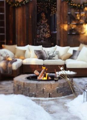 Perfect Fire Pit Design Ideas For Winter Season Decoration07