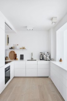 Adorable White Kitchen Design Ideas22