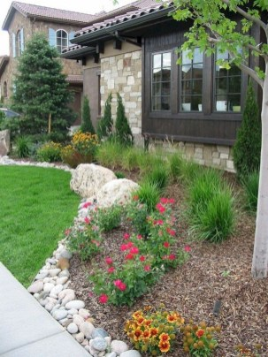 Beautiful Flower Beds Ideas For Home25