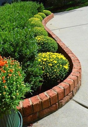Beautiful Flower Beds Ideas For Home27