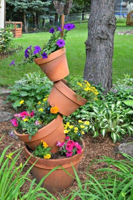 Beautiful Flower Beds Ideas For Home35