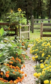 Beautiful Flower Beds Ideas For Home41