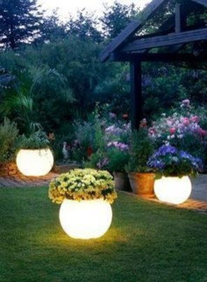 Cool Outdoor Lighting Ideas For Landscape35